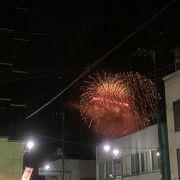 秩父夜祭の花火大会は羊山公園から打ち上がります。