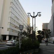 伊豆七島の紹介を眺めながら散策できます。