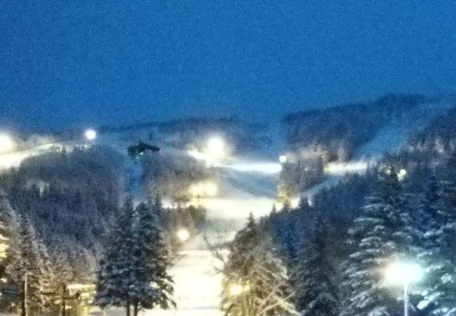 ナイタースキーの夜景が綺麗