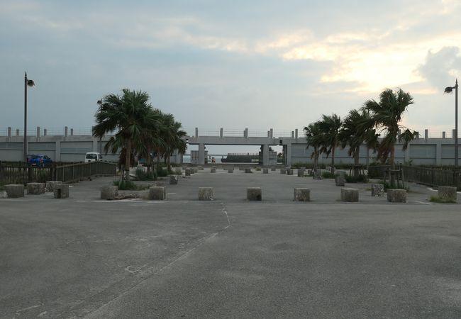 トゥリバー海浜公園