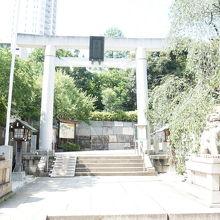 乃木神社の鳥居です。