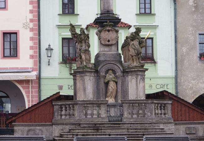 旧市街広場にあります