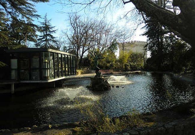 ロシェ デ ドン公園
