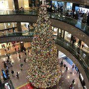 シンガポール高島屋のクリスマスツリー