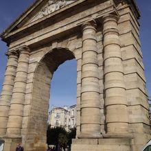 アキテーヌ門