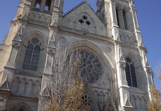 サン ルイ教会