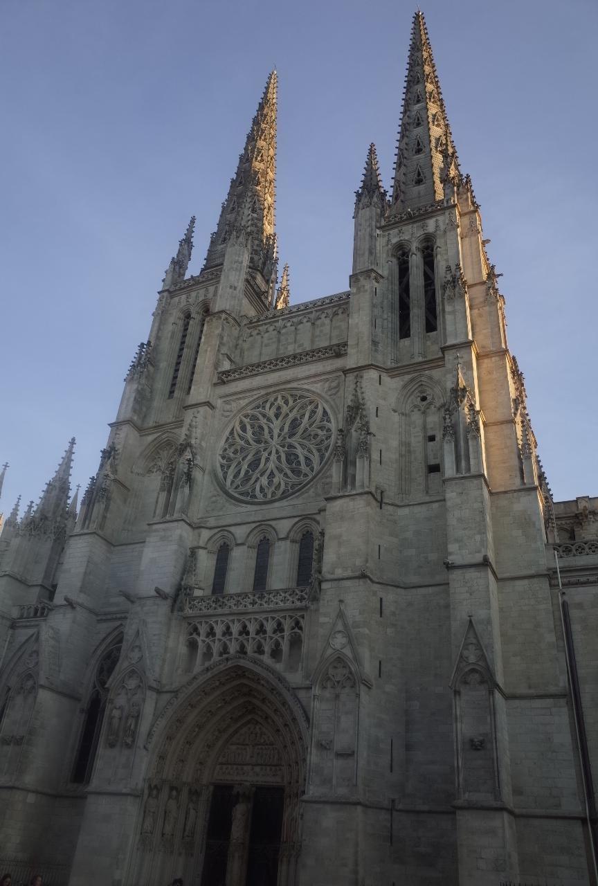 写真:サン ミッシェル大聖堂
