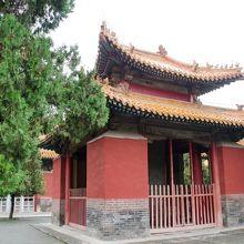 孔廟の十三碑亭