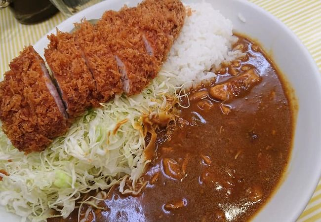 蒲田にあるカレーが美味しい(とんかつも美味しい)