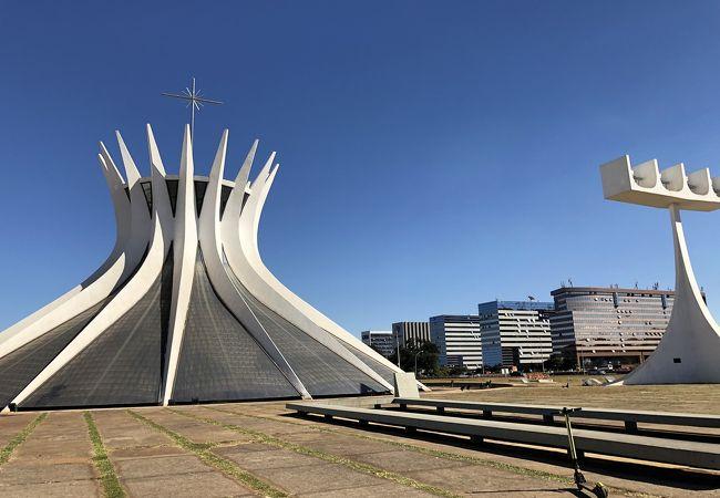 ブラジリア大聖堂 (カテドラル メトロポリターナ)