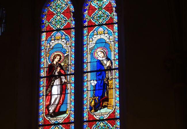 ノートル ダム ド レスペランス教会/カストル博物館