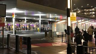 ヒースロー空港 セントラル バスステーション