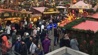 メイル ブランリのクリスマスマーケット (マルシェ ド ノエル)