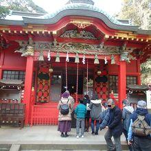 江の島神社中津宮拝殿