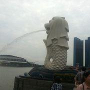 シンガポールに何箇所かあるマーライオン