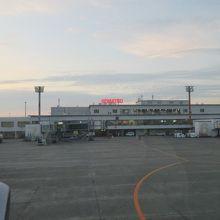 便の多さにも関わらず意外と小さな空港