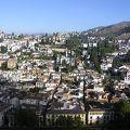 写真:グラナダのアルハンブラ、ヘネラリーフェ、アルバイシン地区