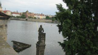 ブルンツヴィークの像