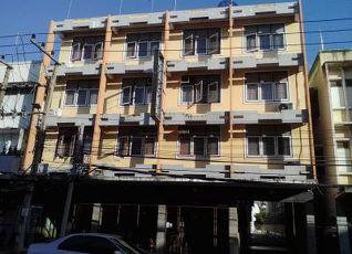 スリン セーントーン ホテル 写真