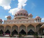 プトラ モスク (ピンク モスク)