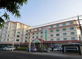 ングウェ モー ホテル 写真