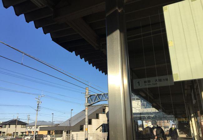 新木曽川駅と混同しやすい