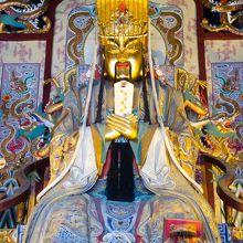 関林大殿の関羽像