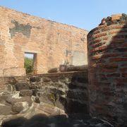 アユタヤ王朝の王墓