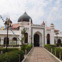 こじんまりとしたモスク