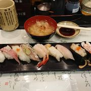 北陸旅行と言えば寿司、富山湾をなぜか金沢駅で