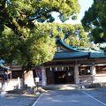 尾張の國の一宮 真清田神社の境内にある服織神社は縁結びにご利益のある女性に人気の神社