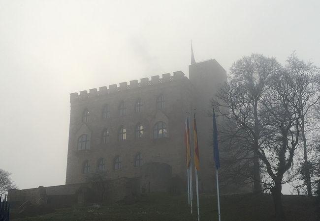 ハンバッハ城