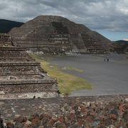 巨大な宗教都市遺跡