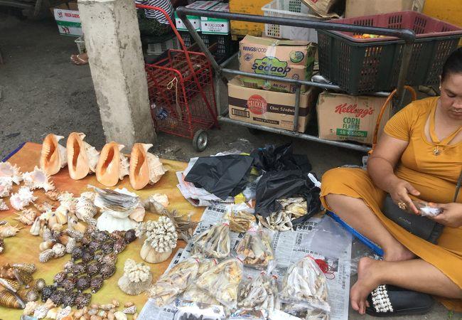 ハンディクラフト マーケット / フィリピーノ マーケット