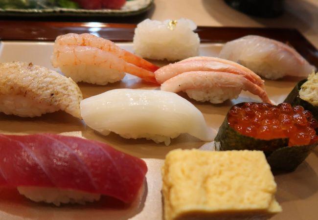 地魚のお寿司が頂けます