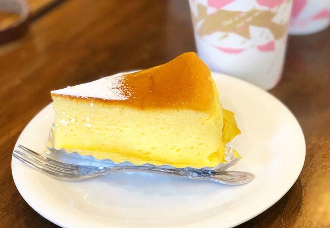 たくさんチーズケーキの種類がある人気店