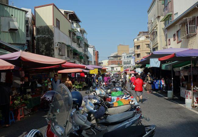 鴨母寮公有零售市場