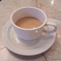 ブッフェには時間が無く、コーヒー1杯。