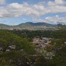 サアチーラの村を見下ろせます。