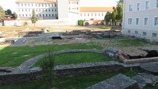 ローマ遺跡園