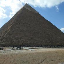 カフラー王のピラミッド