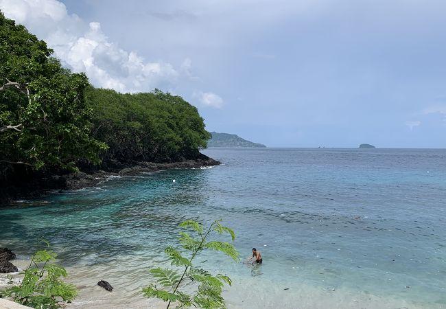 透明度も高い、美しいビーチ