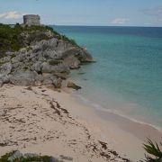 カリブ海の海岸にあるマヤ遺跡