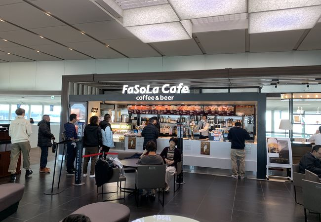 FaSoLa Cafe coffee&beer 第2ターミナル 本館 2F