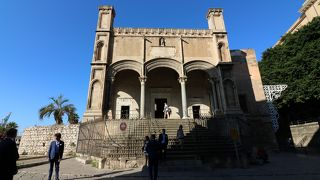 サンタ マリア デッラ カテーナ教会