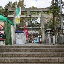犬山城と同じく、社殿までは階段を上ります