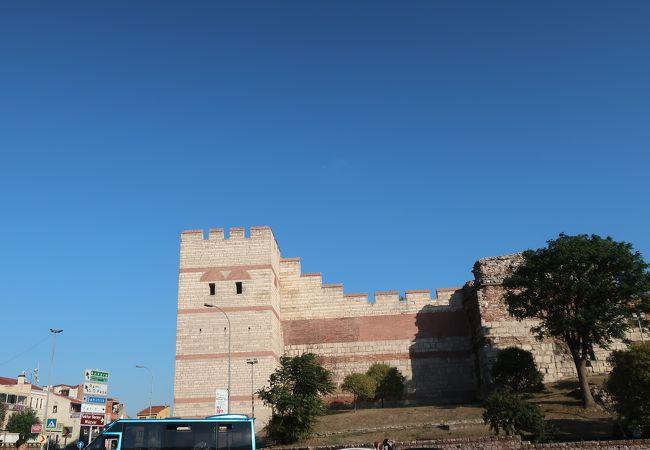 テオドシウス の 城壁