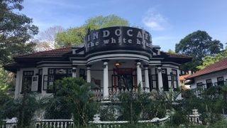 インドカフェ ザ ホワイト ハウス