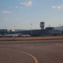 ソフィア国際空港 (SOF)