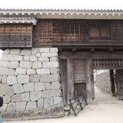高さ5メートルの石垣